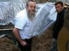 rabbi_elozar_rachik_overseespouring__1_mikvahcm